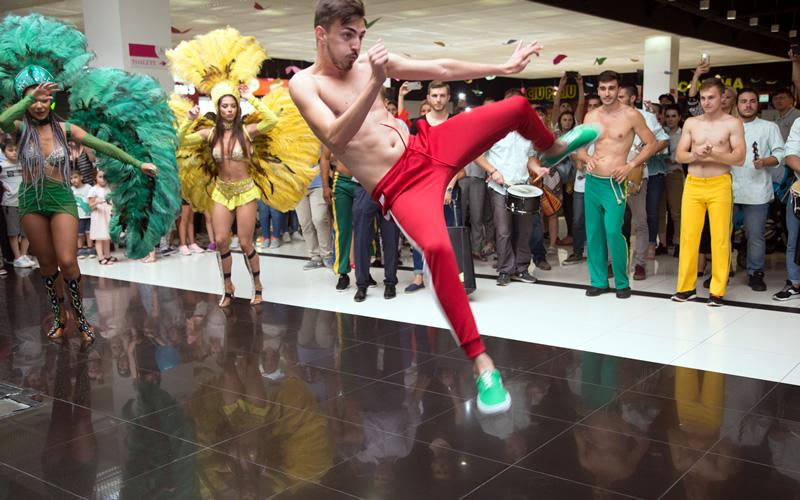 wilmark dansatori acrobati pentru petreceri