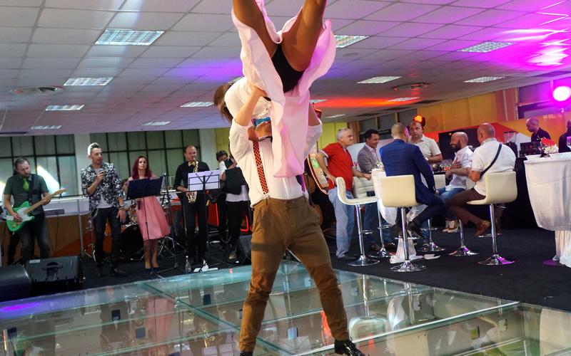 dansatori evenimente private show-uri spectaculoase