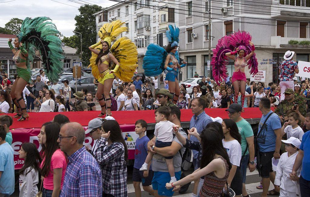 Dansatori evenimente trupa Wilmark Dance Academy carnaval do brazil